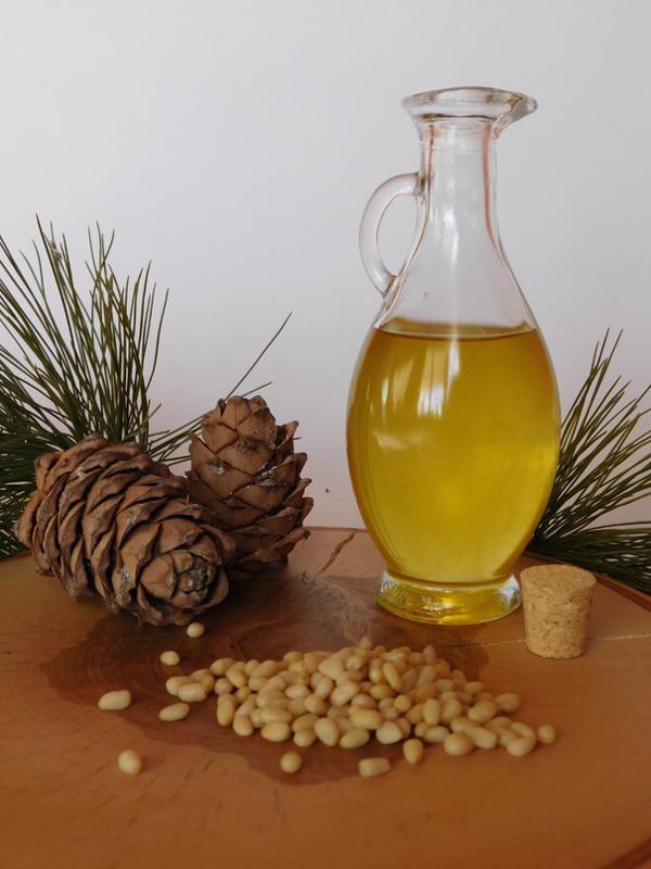 Кедровые орех и масло - Автор неизвестен